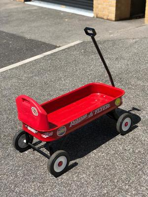 RADIO FLYER FESTIVAL TROLLEY / CART / CHILDS RIDE - VW SHOW