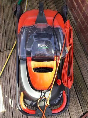 FLYMO ULTRAGLIDE Lawnmower Lawn Mower