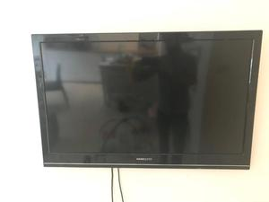 "Hanspree 50"" LCD with base and wall bracket"