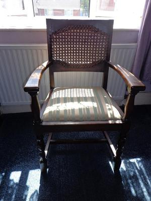 Huge solid oak Victorian/Edwardian chair In good condition