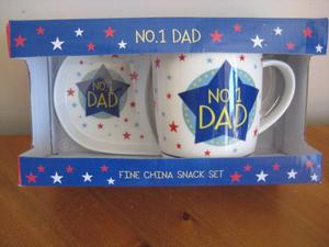 NEW SNACK SET FOR NO.1 DAD - BOXED
