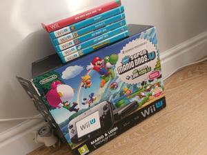 Wii U 32GB Premium + Games