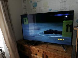 HISENSE 49 INCH TV