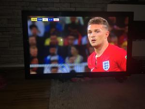 """SAMSUNG 55"""" FULL HD TV BUILT IN FREEVIEW HD REMOTE CONTROL EXCELLENT CONDITION"""