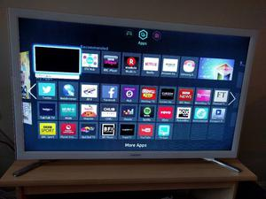 """Samsung 32"""" Smart Wifi Led tv with Freeview Hdmi youtube netflix bbc itv excellent condition"""