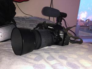 Nikon d DSLR camera with two lenses (unboxed)