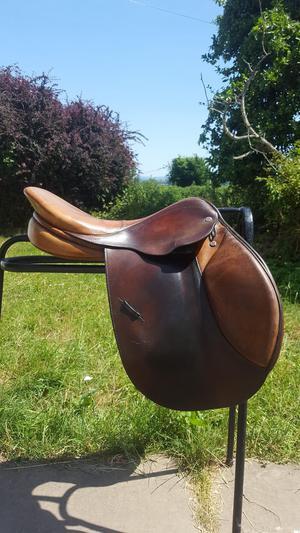 """Lemetex 17.5"""" Jump Saddle"""