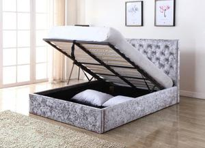 **SUPREME QUALITY** New Chesterfield Storage crush velvet Bed in double and king with mattress