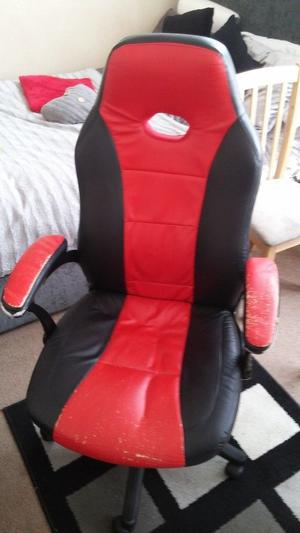 Gaming chair red and black