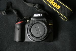 Nikon D body and accessories, near mint, low shutter count.