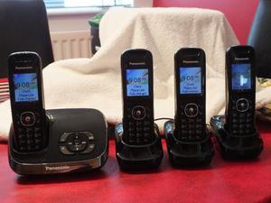Quad set of Panasonic telephones and answering machine