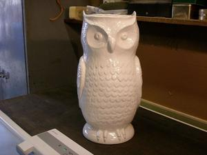 White Owl Glazed Vase/Pot with fully glazed interior