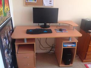 Acer desktop computer monitor keyboard mouse computer desk