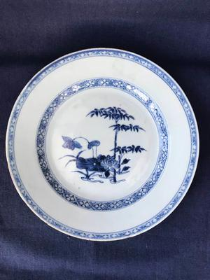 Chinese blue and white plate - Qianlong ()
