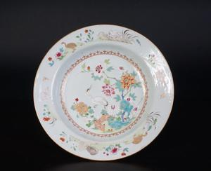Porcelain Famille Rose plate - China - 18th century