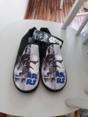 Size 4 new star wars slippers from next