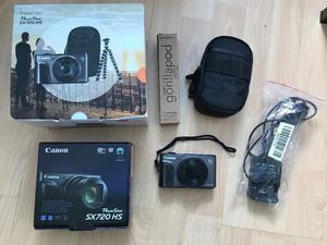 CANON PowerShot SX720 HS Superzoom Compact Camera & Travel Kit (Black) - PRISTINE £300