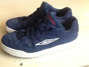 """Mens """"Ghetto"""" Navy Blue UMBRO Trainers, Size 8, In Ex Con"""