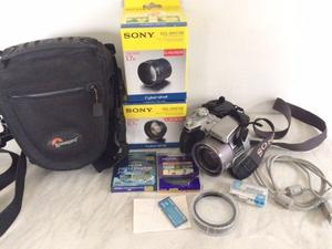 Digital Camera - Sony Cyber-shot DSC-H1 and 5 Lens