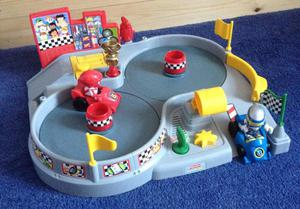 Fisher price little people spin n crash raceway race track