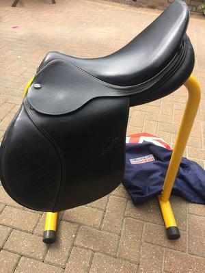 John Whitaker international jumping saddle