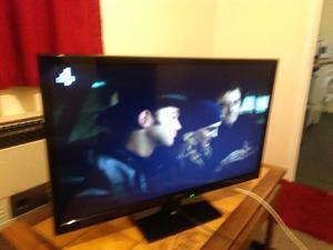 PANASONIC 32 INCH HDMI FREE VIEW TV IDEAL GAMING FIRESTICK NICE TV