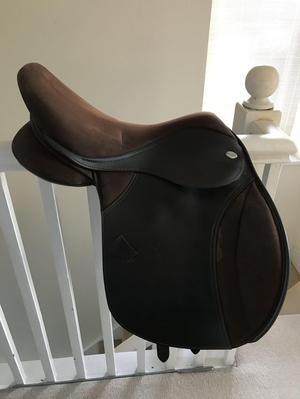 Thorowgood Cob saddle