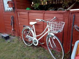 raleigh caprice ladies bike retro style