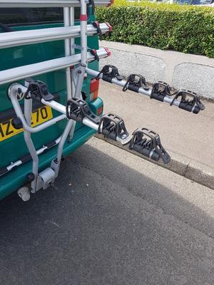 THULE tow bar bike rack for 4 bikes