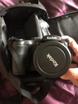 Kodak pixpro AZ252 bridge camera