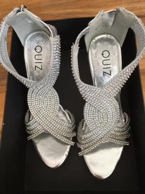 Brand new boxed QUIZ heels size 6