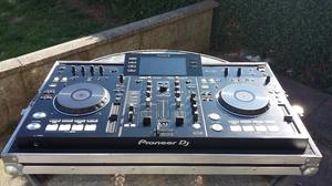 Pioneer xdj-rx For sale INCLUDING FLIGHT CASE