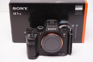 Sony A7RII boxed with accessories