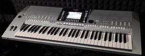 Home Living Professional Keyboard In Stoke On Posot Class