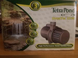 Tetra Pond Dyna Tech  Water garden pump,  gph