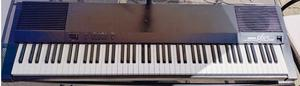 Yamaha PF85 Digital Stage Piano Electronic Keyboard.