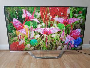 55 LG full HD p Freeview HD Smart 3D LED TV with built in wifi, in special white edition.