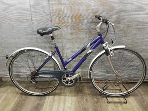 Ladies hybrid/trekking bike RALEIGH PIONEER 160 Wheels c Frame 18''