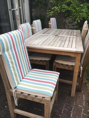 Teak set of 6 garden chairs, solid construction and heavy, high back padded seat covers