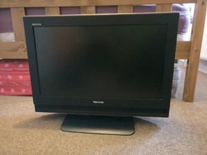 "26""TOSHIBA LCD TV FREEVIEW HD GOOD WORKING ORDER WITH REMOTE CAN DELIVER"