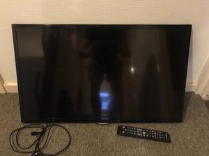 """32""""SAMSUNG LED TV FREEVIEW HD GOOD WORKING ORDER WITH REMOTE CAN DELIVER"""