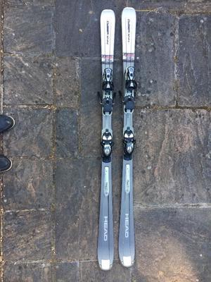 HEAD Cyberx44 carving skis plus poles