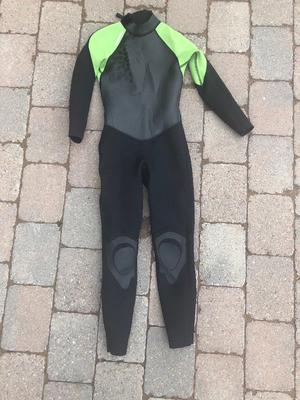 Tribord wetsuit 132cm - 142cm - age 10 years