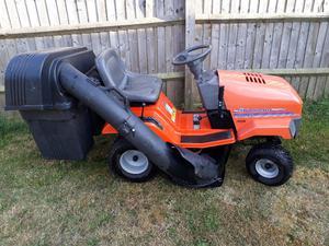 Husqvarna LT125 ride on mower tractor