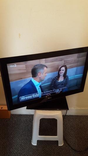 Lg 32 inch lcd tv freeview usb full hd