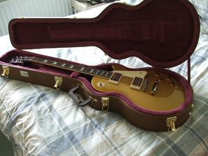 Epiphone Les Paul Standard as new with hard case