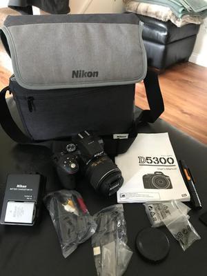 Nikon D Digital SLR Camera + mm VR Lens: Black