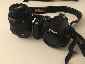 Nikon D DSLR Camera with mm VR Lens and Camera Bag