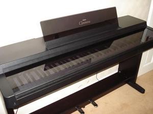Yamaha Clavinova CLP-550 Digital Piano