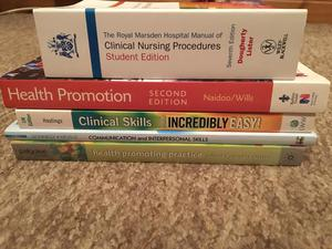 Nursing books £10